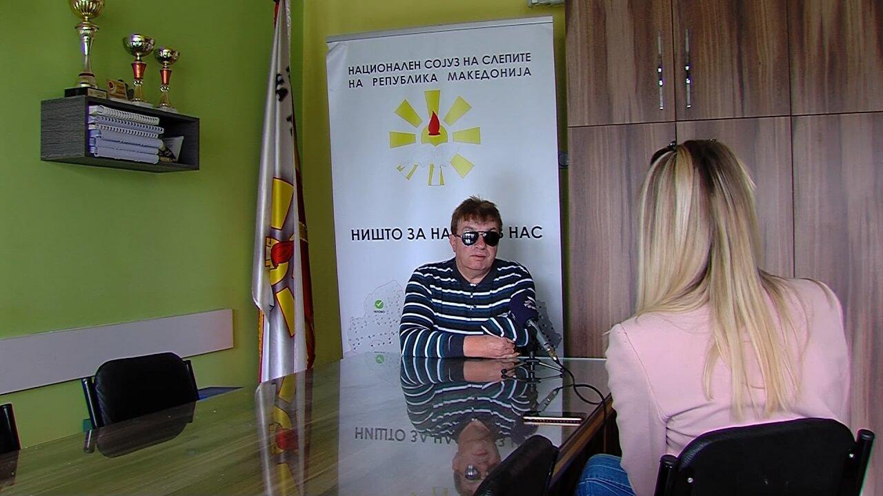 Слика од претседателот на НССРСМ Жарко Селковски каде што дава интервју за ТВ Сител
