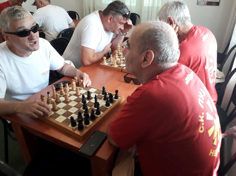 Отварање на шаховскиот турнир, почеток на играта